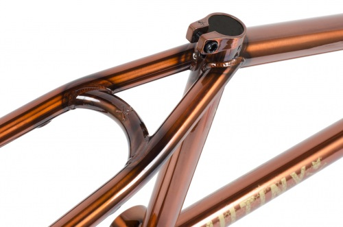 Mutiny 2016 COMB Frame Honey Red