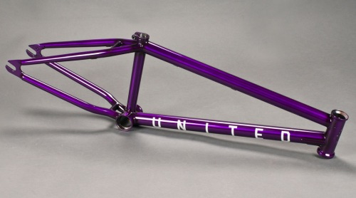 United DINERO Frame Trans Purple