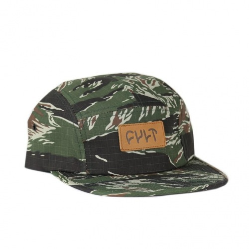 Kšiltovka Cultl 5 Panel CAMPER Tiger Camo/Leather